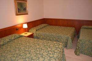 Hotel Olioso, Hotel  Peschiera del Garda - big - 33