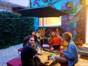 Zen Tribe Hostel Bucharest, Хостелы  Бухарест - big - 25