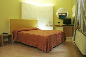 Hotel Motel Futura, Мотели  Падерно-Дуньяно - big - 4
