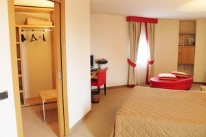 Hotel Motel Futura, Мотели  Падерно-Дуньяно - big - 7