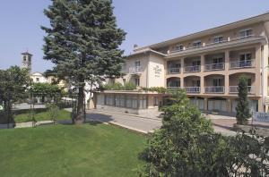 Tre Laghi Hotel - AbcAlberghi.com