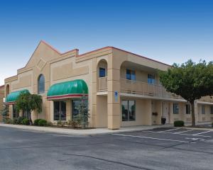 Baymont Inn & Suites Sandusky, Hotels  Sandusky - big - 14