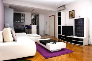 Apartment Osijek 16034a, Ferienwohnungen  Osijek - big - 9