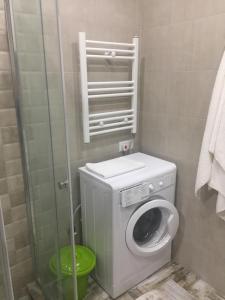 Квартира-студия, Apartmanok  Mejinistsqali - big - 18