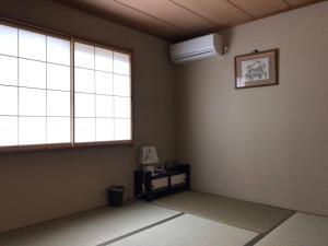 AH House in Shinmachi 2478, Apartmanok  Kiotó - big - 18