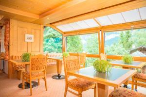 Hotel Caprice - Grindelwald, Hotels  Grindelwald - big - 96
