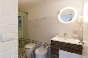 14 Leoni, Bed & Breakfasts  Salerno - big - 24