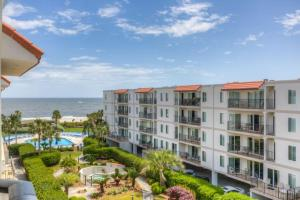 Beach Club 416 Holiday home, Apartments  Saint Simons Island - big - 6