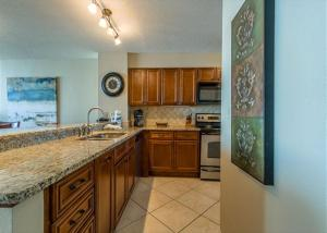 GulfSide 1202 Condo, Appartamenti  Destin - big - 42