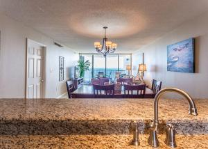 GulfSide 1202 Condo, Appartamenti  Destin - big - 57