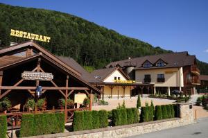 3 star pensiune Country Saloon Belá Belá Slovacia