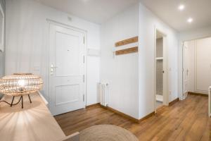 Apartamentos Vielha III, Apartmanok  Vielha - big - 16