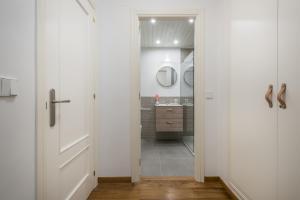 Apartamentos Vielha III, Apartmanok  Vielha - big - 11