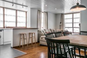 Apartamentos Vielha III, Apartmanok  Vielha - big - 7