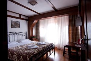 Hanul din Ardeal, Мини-гостиницы  Брашов - big - 17