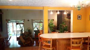 Villas de Atitlan, Комплексы для отдыха с коттеджами/бунгало  Серро-де-Оро - big - 46