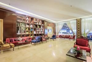 Almuhaidb Faisaliah Hotel Suites, Aparthotels  Riad - big - 15