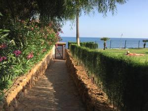Mi Capricho Con Vistas Al Mar Y A La Piscina, Apartmanok  Sitio de Calahonda - big - 6