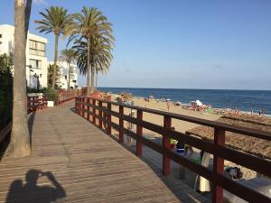 Mi Capricho Con Vistas Al Mar Y A La Piscina, Apartmanok  Sitio de Calahonda - big - 9