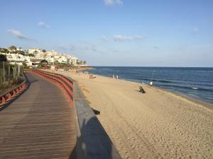 Mi Capricho Con Vistas Al Mar Y A La Piscina, Apartmanok  Sitio de Calahonda - big - 17