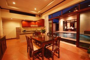 Les Palmares Villas, Курортные отели  Банг Тао Бич - big - 27