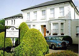 Badger Towers, Bed and Breakfasts  Cheltenham - big - 7