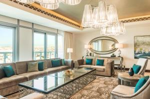 Grand Canal King Suite