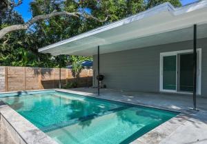 Coolest House in the Village by Beachside Management, Nyaralók  Siesta Key - big - 26