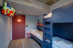 Triple Room with Bunk Bed