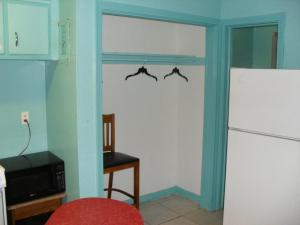 Double Room with Two Double Beds - Kitchen