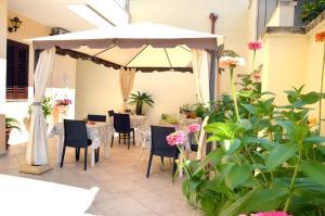 Le Grotte, Bed and breakfasts  Castro di Lecce - big - 24