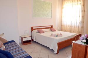 Le Grotte, Bed and breakfasts  Castro di Lecce - big - 10