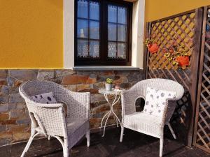 Apartamentos Rurales Casa Pachona, Апартаменты  Пуэрто-де-Вега - big - 57