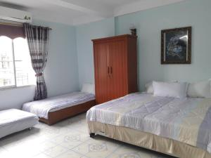 Hoang Oanh Hotel, Hotel  Ha Long - big - 1