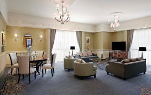 Duchess King Suite