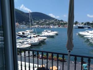 Appartamenti Riva Destra - AbcAlberghi.com
