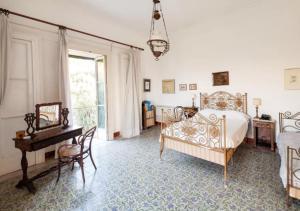 Historic Villa in Massa Lubrense - AbcAlberghi.com