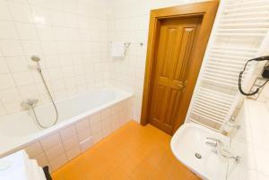 U Zvonu apartments, Ferienwohnungen  Český Krumlov - big - 37