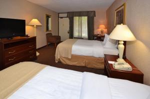 Quality Inn Exit 4 Clarksville, Hotely  Clarksville - big - 5