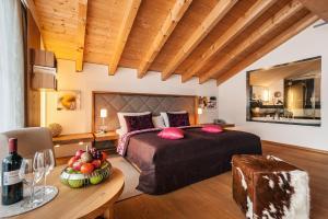 Hotel Maximilian, Hotely  Oberammergau - big - 11