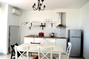 Flores Garden Beach Residence, Apartmány  Chernomorets - big - 49