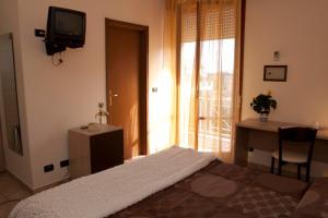 Hotel Gabrini, Szállodák  Marina di Massa - big - 12