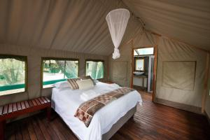 Ndzhaka Tented Camp, Luxury tents  Manyeleti Game Reserve - big - 9