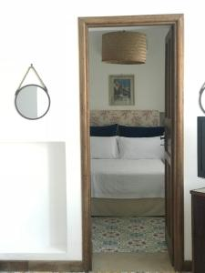Marunnella Rooms & Apartment, Guest houses  Capri - big - 5