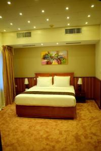 Nejoum Al Emarat, Hotel  Sharjah - big - 57