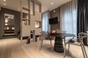 Mysuiteshome Apartments, Apartmány  Bologna - big - 39