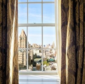 City View King Room Manhattan View