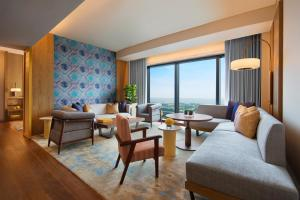 Andaz King Suite