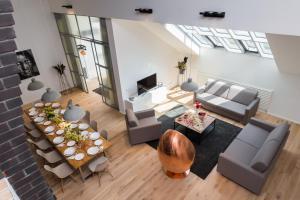 EMPIRENT Rose Apartments