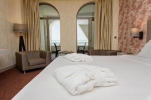 The Grand Gloria Hotel, Hotely  Batumi - big - 21
